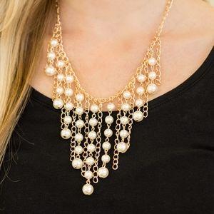 Paparazzi Stun Control Gold Necklace Set
